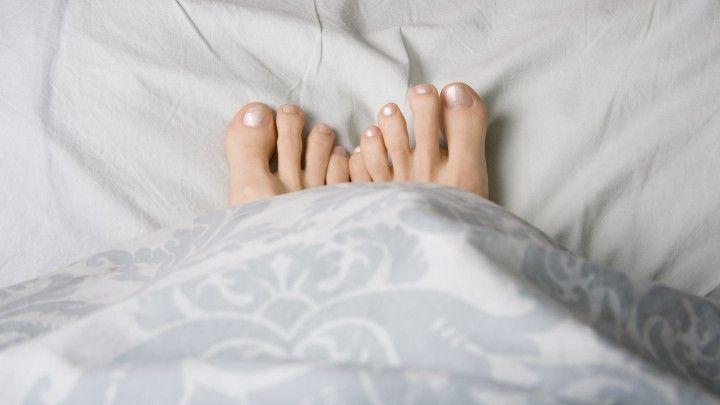 Afbeeldingsresultaat voor voeten uit bed