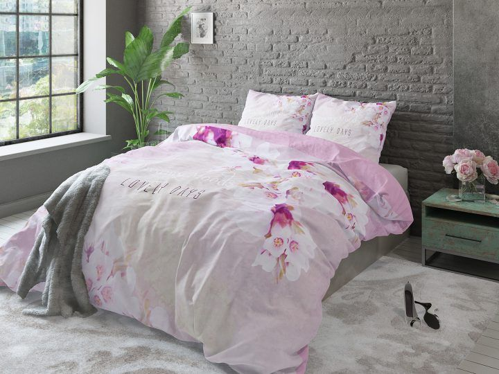 roze in de slaapkamer think pink