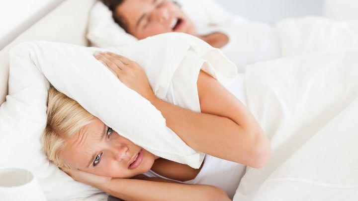 12 Tips tegen snurken die écht helpen!