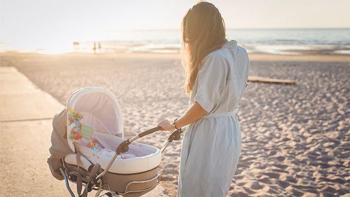 baby slapen vakantie wandelen met kinderwagen