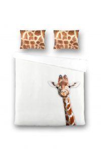 Heerlijk slapen onder dit dekbedovertrek met giraffe erop! Leg je hoofd te rusten op het mooie giraffe-patroon kussen.