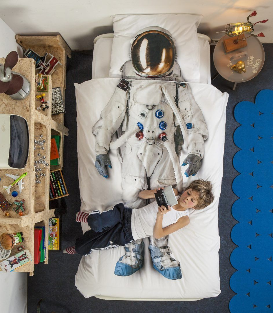 Astronaut flanel dekbedovertrek - De 15 mooiste sinterklaascadeaus van SNURK
