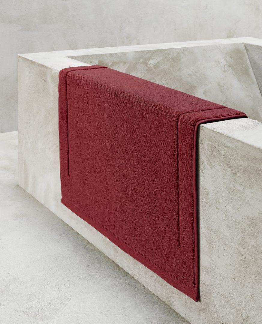 Contessa badmat (60x60 of 60x100 cm) - Dark Red - De Witte Lietaer badtextiel