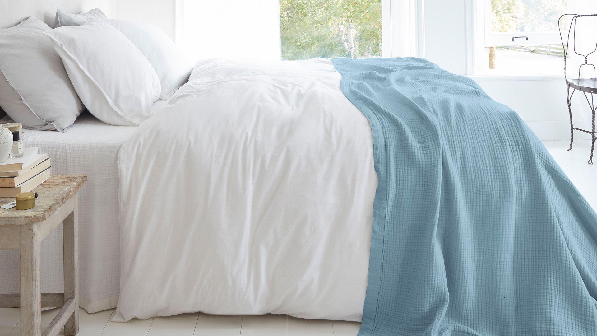 Cuddle bedsprei blauw
