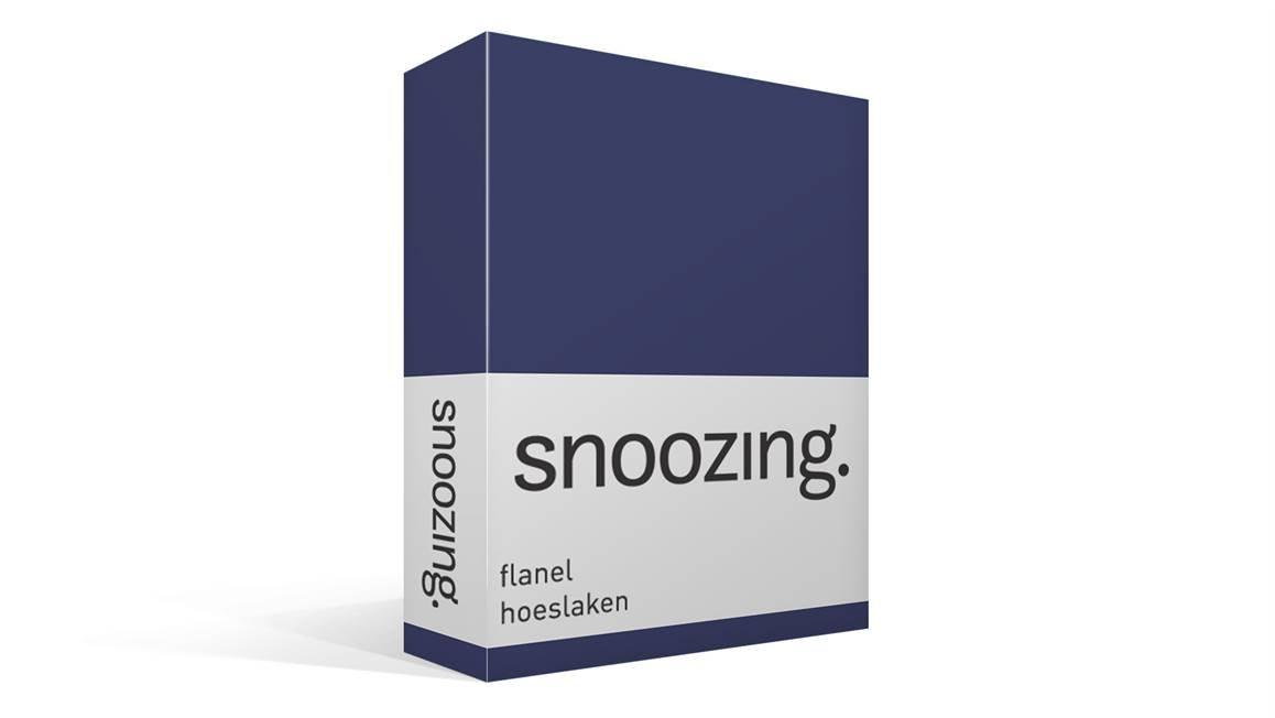 Snoozing flanel hoeslaken