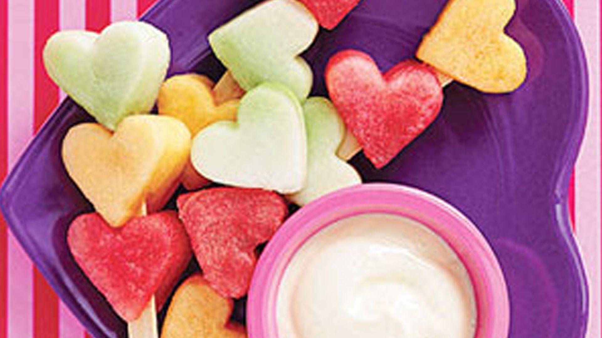 Yoghurt met hartjesfruit