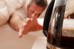 Cafeïne verstoort je nachtrust: zorgt voor vermoeidheid