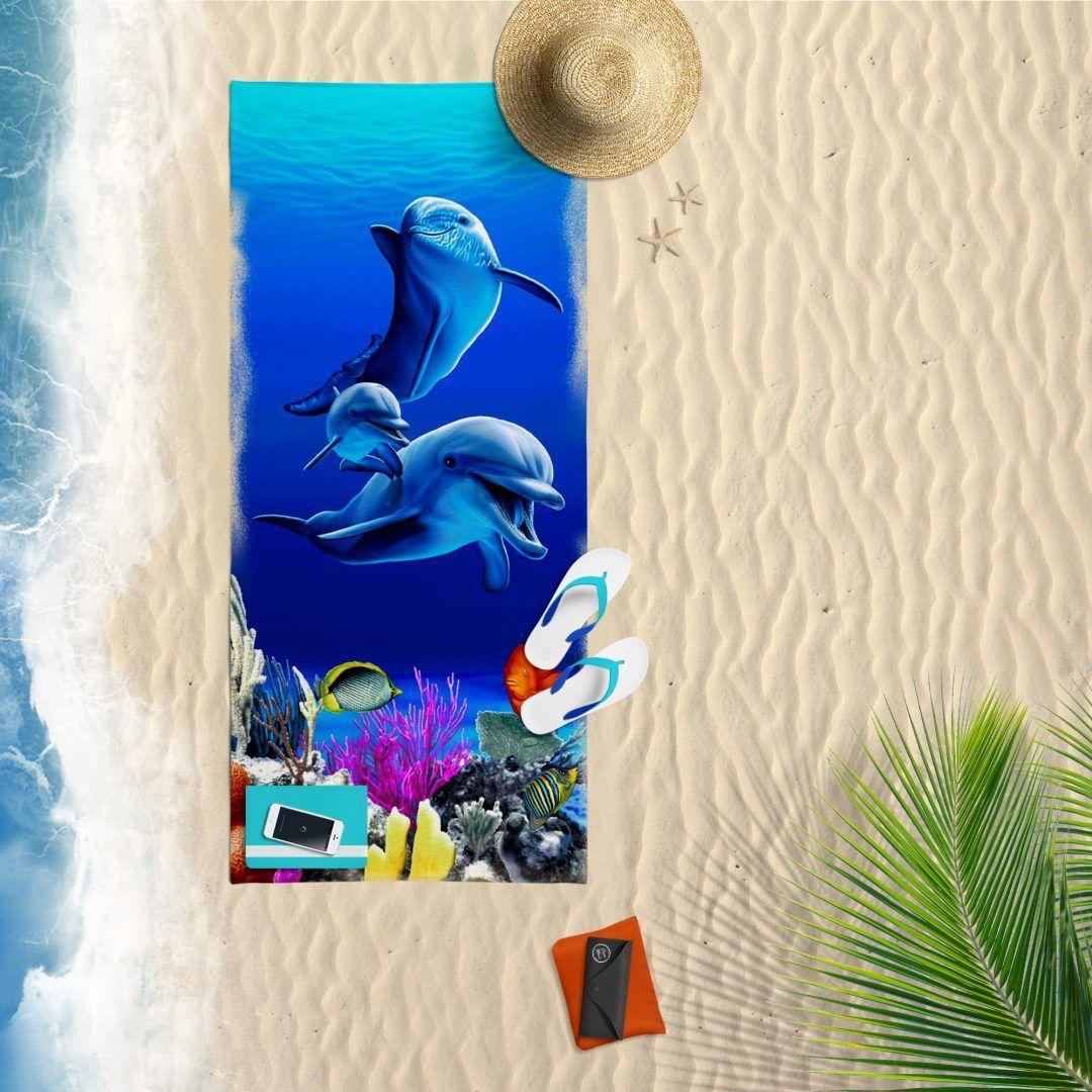 Dolphin family strandlaken