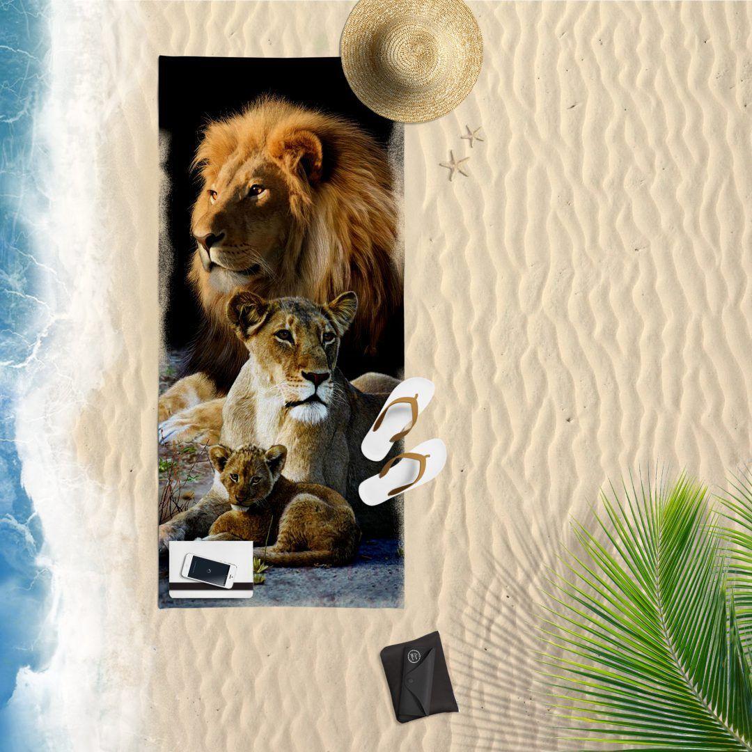 Lion family strandlaken