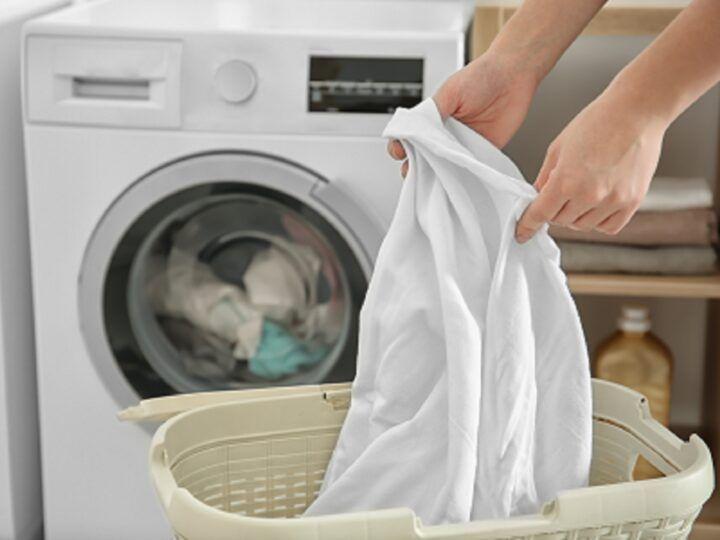 Katoen-satijn wassen in de wasmachine