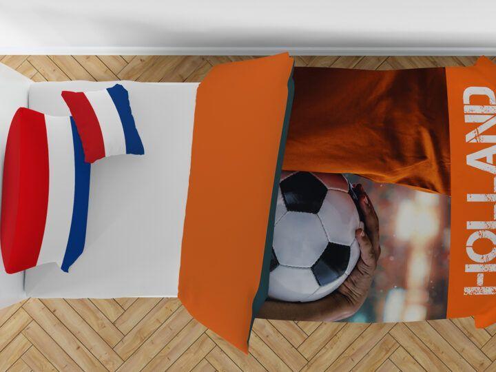 Voor de oranjefans: voetbal dekbedovertrek & strandlaken